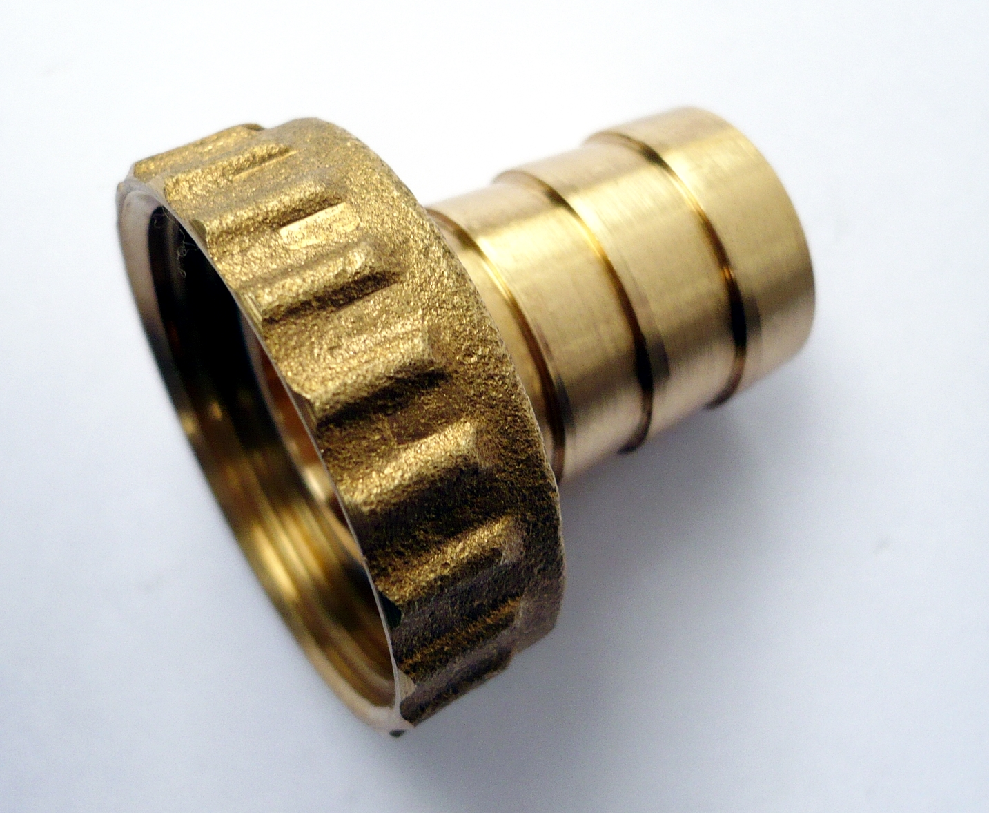Brass hose tails barbed fish end for quot garden tap